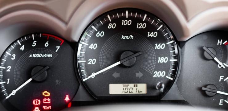 9 dicas para aumentar a vida útil da bateria do seu carro