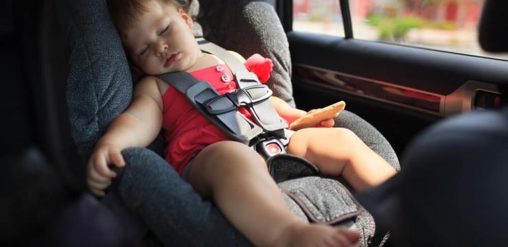 4 dicas de transporte de bebês e crianças nos carros