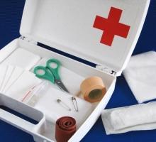 Kit de primeiros socorros: 6 itens que não podem faltar