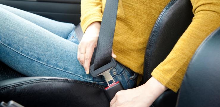 Conheça os itens que são obrigatórios no seu carro